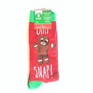 """NEW """"Ohh Snap"""" Gingerbread Cookies Christmas Socks"""